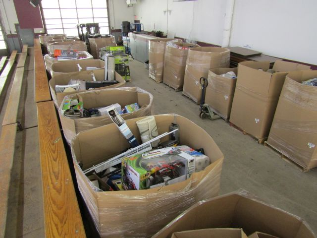 Online Auction (26) Skids of Returned Merchandise – Closes May 5 @ 2 pm