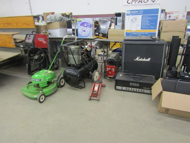 Online Auction – Estate Items Closes Wed Dec 7 @ 12 Noon