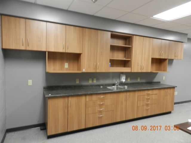 Online Auction – Office Furniture in St. Thomas Closes Sept 26 @ 6 pm